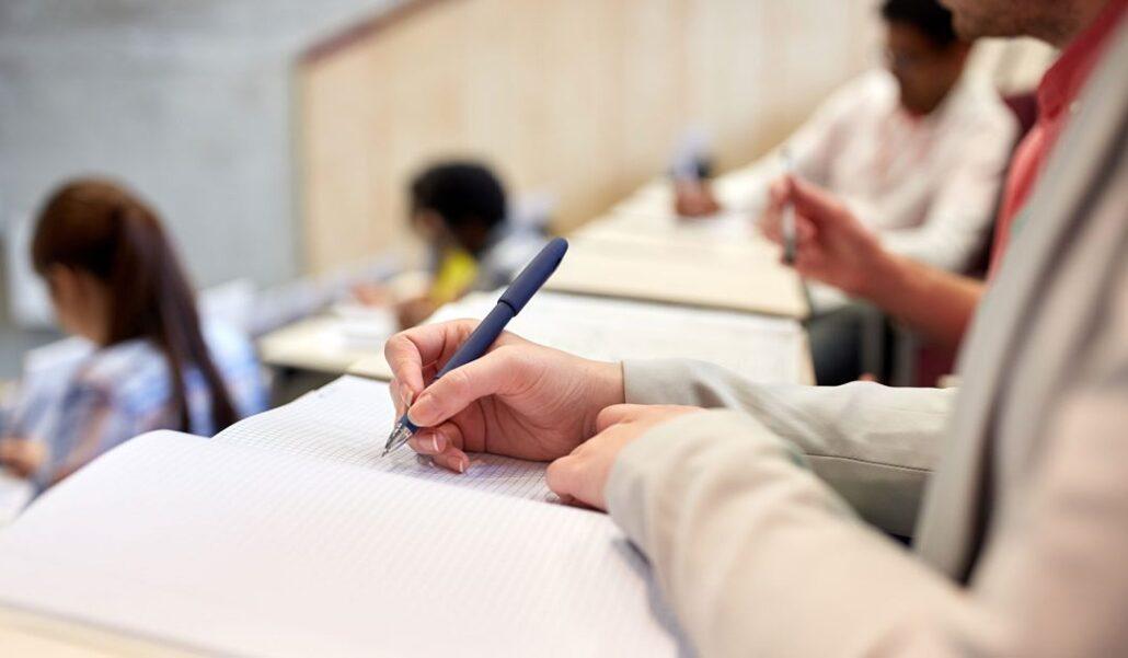 یادداشت برداری حین تدریس