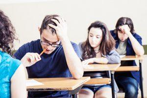 چگونه سر جلسه امتحان تمرکز داشته باشیم 1