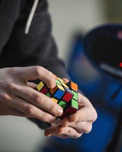 اسباب بازی برای افزایش تمرکز حواس