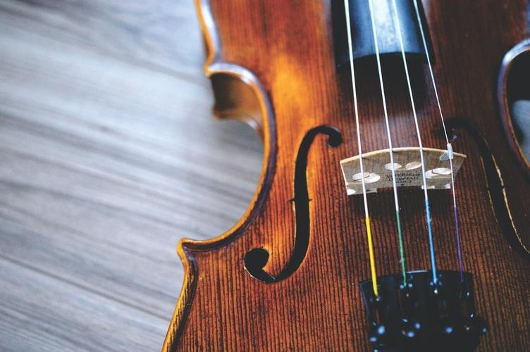چگونه با موسیقی عاشق درس خواندن شویم