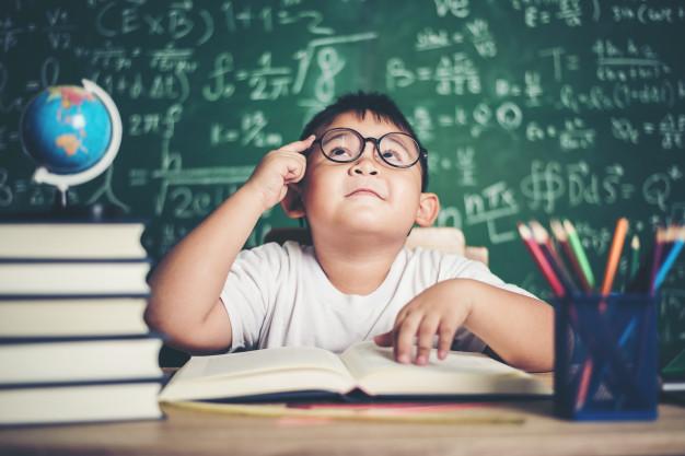 فتوریدینگ یا عکس خوانی ذهنی چیست ؛ آشنایی با این سیستم یادگیری