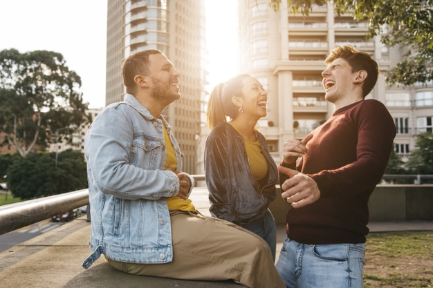 خندیدن و افزایش خلاقیت