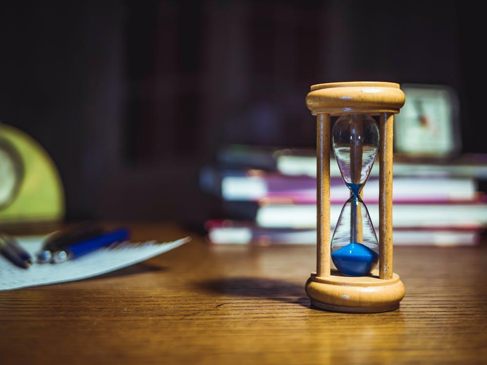 روزی چند ساعت درس بخوانیم تا به موفقیت برسیم؟