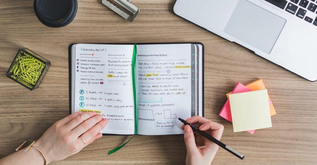 یادداشت برداری از شرایط مطالعه