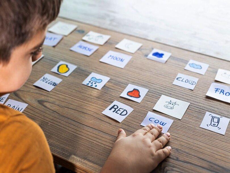 آموزش زبان با بازی