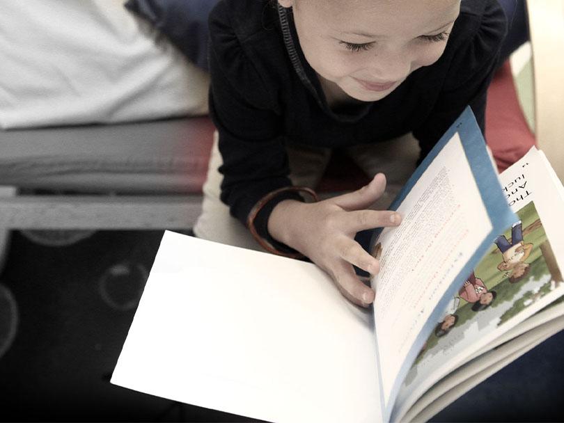 تقویت تلفظ زبان انگلیسی با داستان
