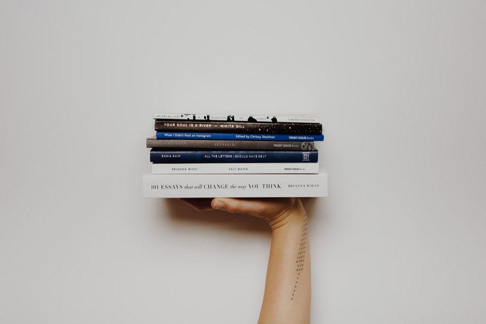 بهترین کتاب های افزایش اعتماد به نفس و عزت نفس