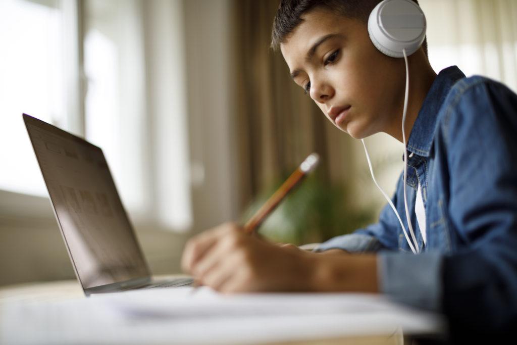موانع یادگیری کدامند و چگونه میتوان بر آنها غلبه کرد؟