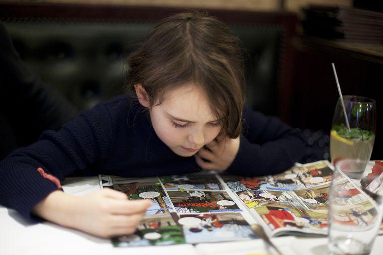چگونه کتاب مناسبی برای کودکان انتخاب کنیم مصور