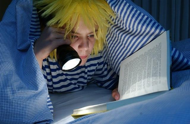 افزایش تمرکز با مطالعه قبل از خواب