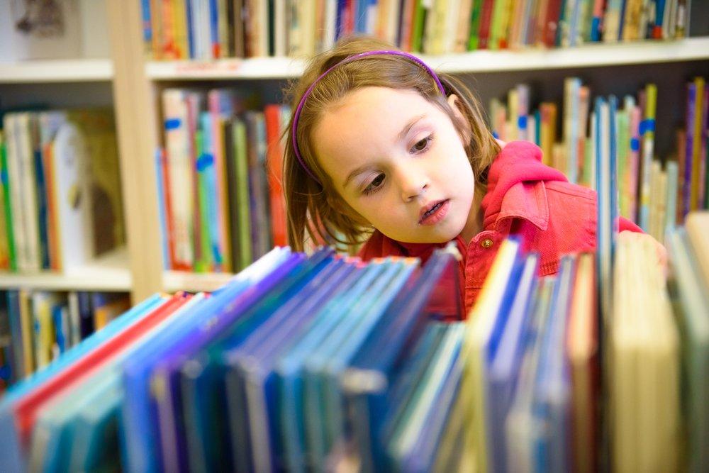 انتخاب کتاب مناسب برای کودکان