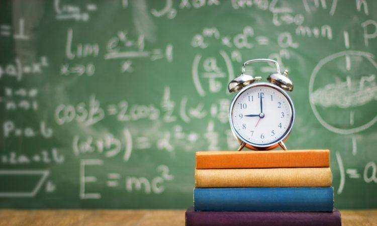 زمان مطالعه ریاضی